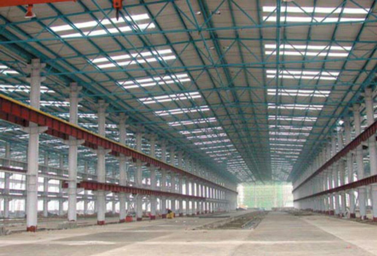 اجرای پوشش سوله با ورق پلی کربنات